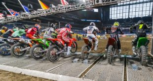 Take a look at the 250 and 450 Main Event highlights from Round 5 of the 2021 Monster Energy Supercross from Indianapolis.