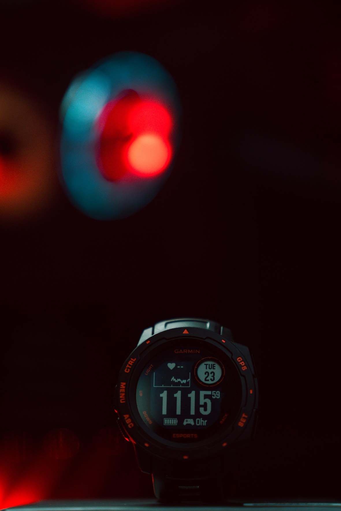 Elevate your game with the Garmin Instinct Esports Edition – the GPS gaming smartwatch built for victories.