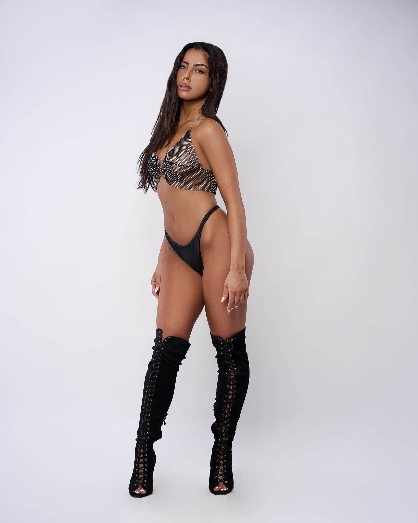 Chantè Els features as this week's LW Babe