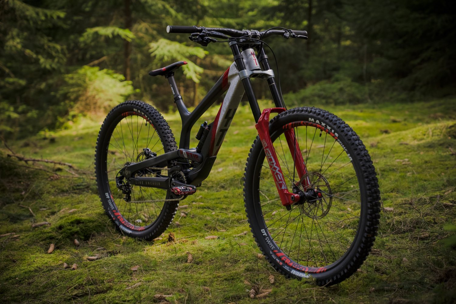 Bike Check feature with Johann Potgieter and his new 2021 YT Industries TUES