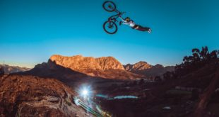 DarkFEST 2021 is on! Join Sam Reynolds for an inside scoop on the 2021 event, the course build, the insane jumps, the host of Freeride MTB riders taking part, and witness the riders take to the course for the first time...