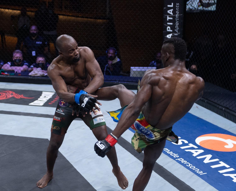 Rocky Ilunga vs Robert Simbowe