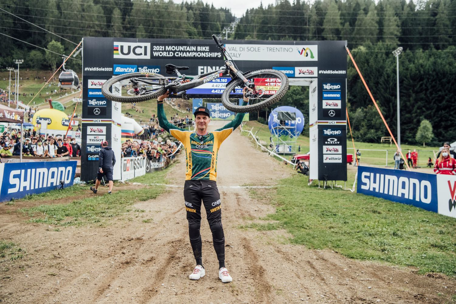Greg Minnaar performs at UCI DH World Championships in Val di Sole