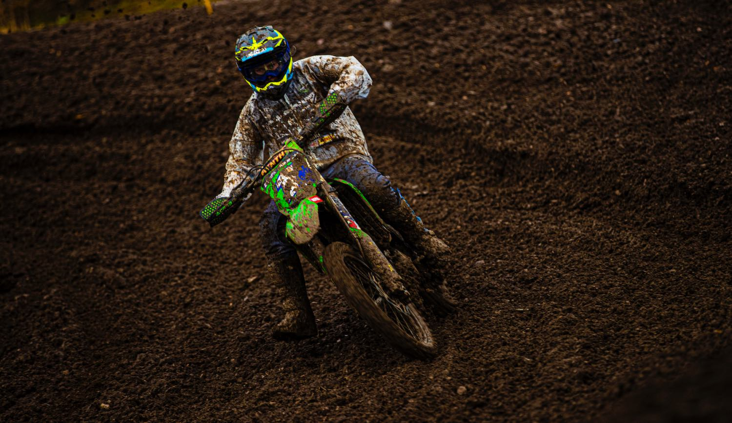 Kayla Raaff racing in the Ladies class at Round 4 of the 2021 South African National Motocross Championship