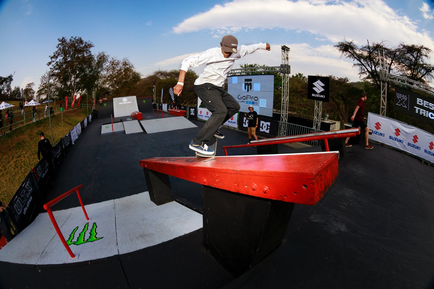 Devandre Gallant competing in the Skate contest at ULT.X 2021